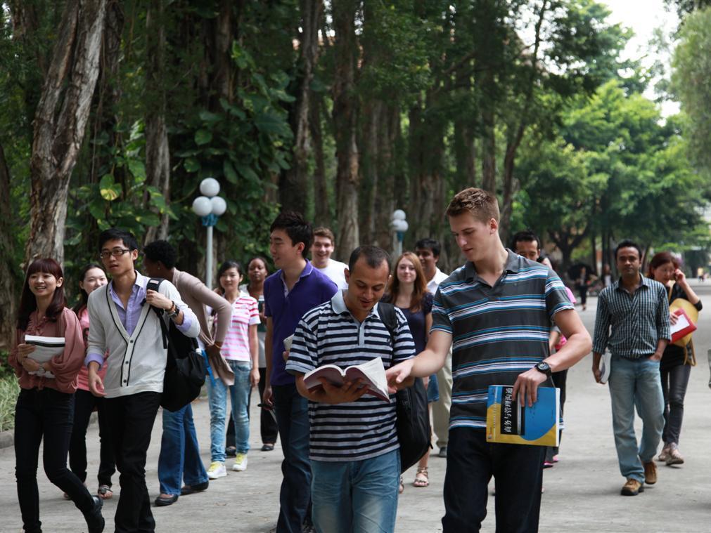中国成世界第三大留学目的地,新的市场在悄然兴起?