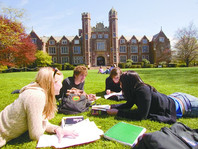 新东方ACT和SAT营收比缩小至1:3.3,留学行业竞争加剧