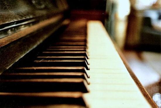 """""""弹吧钢琴陪练""""获红杉资本数百万美元A轮投资"""