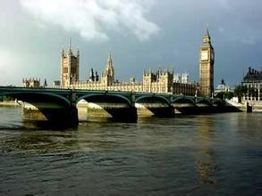 佳一教育设立英国全资子公司,开启股权激励