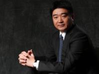 金鑫辞去紫光学大副董事长、董事、总经理职务