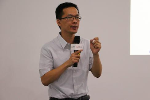 学霸君首席科学家陈锐锋:如何做一个高考机器人?