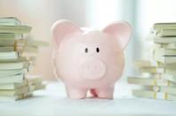 网贷机构不允许向在校大学生发放贷款,教育信贷何去何从