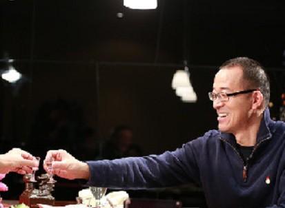 俞敏洪的酒后真言:喝酒使新东方的成功加速了
