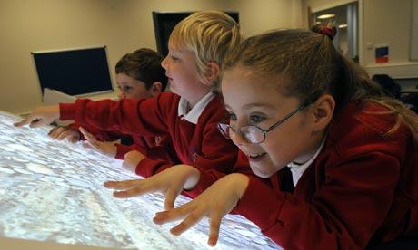多点触控技术,如何在教育领域应用?
